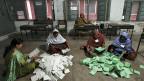 Stimmen zählen in Peschawar am 11. Mai 2013.