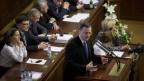 Der tschechische Ministerpräsident Petr Necas bei  einer Rede an die Abgeordneten im tschechischen Abgeordnetenhaus in Prag im Juni 2013.