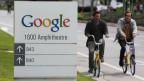 Wer googlet, auf Facebook postet oder online einkauft, der hinterlässt Spuren im World Wide Web. Google-Zentrale in Mountain View, Kalifornien.
