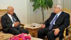Die ägyptische Übergangsregierung - links: Premier Hasem el-Beblawi, rechts: Präsident Adli Mansur. Ägypten ist abhängiger denn je von seinen Geldgebern.