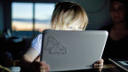 Kinder vor Exzessen des Internets besser schützen.