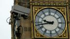 Überwachungskamera vor dem Big Ben in London.