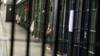 Ziel der Reform ist es, die dauerhaft überfüllten Gefängnisse zu  entlasten und Kosten einzusparen. Männergefängnis in Los Angeles.