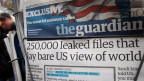 Ausgabe der britischen Tageszeitung «The Guardian» an einem Kiosk. Die britischen Behörden zwangen die Zeitung, das von Edward Snowden zugespielte Material zu zerstören.