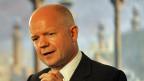 Der britische Aussenminister William Hague. Er macht sich stark für eine «Strafaktion» in Syrien.