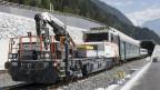 Der erste Zug fährt durch den Gotthard-Basistunnel