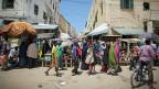 Eine Strasse in der somalischen Hauptstadt Mogadischu. Ab Oktober soll es auch in Mogadischu keine Bank mehr geben.