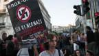 Griechen inszenierten in Athen Proteste gegen den tödlichen Angriff auf einen Anti-Rassismus-Rapper.