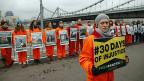 Protestkundgebung russischer Greenpeace-Mitglieder, am 18. Oktober in Moskau.