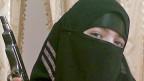 Schwarze Witwen aus Dagestan - die Frau auf dem Bild wurde 2010 verdächtigt, zu den Attentäterinnen zu gehören, die einen Anschlag auf die Moskauer U-Bahn verübt hatten.