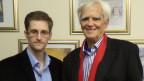 Hans-Christian Ströbele (rechts), Mitglied des Parlaments der deutschen Partei Die Grünen, trifft den US-Whistleblower Edward Snowden in Russland am 31. Oktober 2013.