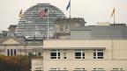 Die US-Botschaft in Berlin ist ein Stützpunkt für Geheimdienste, die Deutschlands Bürger ausspionieren?