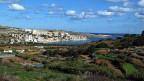 Die maltesische Regierung rechnet mit jährlich etwa 50 Menschen, die eine Staatsbürgerschaft für 650'000 Euro kaufen. Bild: Blick auf die St. Pauls Bay im Norden Maltas.