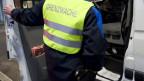 Das Schengener Abkommen verbietet systematische Personenkontrollen. Vermehrt kontrollieren Grenzwächter deshalb im rückwärtigen Raum, mit Erfolg.