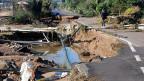 Zerstörte Strasse bei Olbia, im Nordosten Sardiniens.