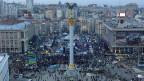 Trotz des kalten und windigen Wetters harren die Demonstranten aus auf dem «Maidan», dem Unabhängigkeitsplatz im Zentrum der ukrainischen Hauptstadt Kiew.