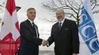 Bundesrat Didier Burkhalter und OSZE-Generalsekretär Lamberto Zannier, am 22. November in Neuenburg.