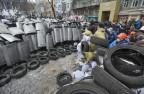 In Kiew stehen sich Demonstranten und Polizisten gegenübe