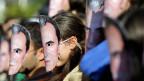 Proteste gegen Korruption im vergangenen November in der bulgarischen Hauptstadt Sofia. Die Demonstranten trugen Masken mit dem Gesicht von Premier Plamen Oresharski.