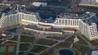 Grössenwahn? Sicht auf das AZIMUT Hotel Resort im Schwarzmeerkurort Sotschi.