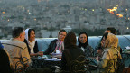 Hassan Rohani wurde Präsident, weil ihn eine klare Mehrheit gewählt hat – und auf diese zählt er nun. Bild: Feierabend über Teheran.