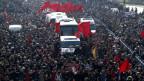 Die Beerdigung von Berkin Elvan treibt die Menschen in Istanbul auf die Strasse.