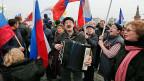 Vaterländische Gefühle in Moskau. Über 65'000 Moskauerinnen und Moskauer machen mit bei einer Aktion zur Unterstützung der Krim.
