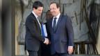 Der neue französische Premier Valls und Präsident Hollande verlassen den Elysée-Palast - die neue Regierung steht.
