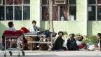 Das Mirwais-Spital in Kandahar ist Anlaufstelle für PatientInnen aus dem ganzen Süden Afghanistans.Mit Hilfe des IKRK werden Opfer von Unfällen und Kriegsverletzte verarztet.