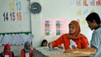 Wahllokal in einem Kindergarten in Banda Aceh, Indonesien.