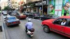 Hamra Street in Beirut. Viele Beiruter beherbergen in ihren Häusern und Wohnungen syrische Flüchtlinge.