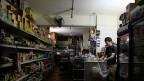 Praktisch täglich fällt in Kairo der Strom aus, oft auch mehrmals. Bild: Ein Supermarkt mit Notbeleuchtung.