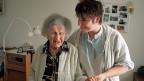 Der neue Gesamtarbeitsvertrag für Betreuerinnen und Pfleger, die bei Seniorinnen zu Hause arbeiten soll ab Januar 2015 gelten.