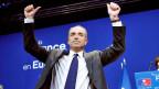 Am 21. Mai shien der UMP-Vorsitzende Copé noch Grund zum jubeln zu haben; der Grosserfolg des Front National bei den Europawahlen und eine Affäre um falsche Abrechnungen haben ihn nun zum Rücktritt gebracht.