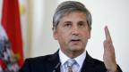Mehrere österreichische Millionäre haben den Staat aufgefordert, aus Gerechtigkeitsgründen endlich eine Vermögenssteuer einzuführen. «Gibt's bei mir nicht» war die Antwort von Finanzminister Spindelegger.