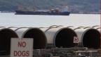 In Kitimat liegt Baumaterial für die Pipeline bereit, obwohl die Bewohner gegen das Projekt gestimmt haben.