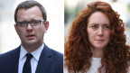 Andy Coulson (links) und Rebekah Brooks.