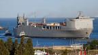 Das US-amerikanische Chemielabor-Schiff «MV Cape Ray» liegt im Hafen von Gioia Tauro vor Anker.