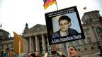 Proteste gegen den US-Geheimdienst NSA, im vergangenen November vor dem duetschen Parlamentsgebäude, dem Reichstag.