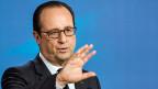 Der französische Präsident Hollande fühlt sich von den EU-Partnern ungerecht behandelt - und hält am Rüstungsgeschäft mit Russland fest.