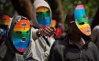 Schwulenaktivisten protestieren inkognito gegen das ugandische Gesetz
