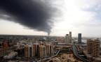 schwarzer Rauch über Tripolis