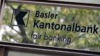 Die Verantwortlichen der Basler Kantonalbank freuen sich über die Zulieferdienste der pensionieren Mitarbeiter.