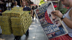 Auf den Frontseiten aller Zeitungen in der Türkei: Der neue türkische Staatspräsident heist Recep Tayyip Erdogan.