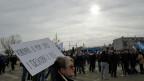 «Vukovar im Herzen und Schmerz in der Seele» Proteste gegen die Absicht der kroatischen Regierung, in von Serben bewohnten Gebieten zweisprachige Beschriftungen zu machen - kroatisch und die kyrillischen Buchstaben der serbischen Sprache.
