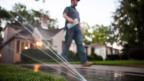 Das Bewässern des Rasen und der Pflanzen ist in der Stadt Sacramento an bestimmten Tagen verboten.