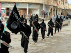 Bewaffnete IS-Kämpfer. Undatierte Aufnahme auf einer militanten Website.