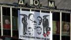 «Die fünfte Kolonne. Fremde unter uns»  - ein riesiges Transparent am Haus des Buches mitten in Moskau.