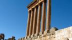 Von ursprünglich 54 Säulen des Jupitertempels in Baalbek sind deren sechs übrigblieben.