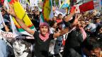 Die kurdische Diaspora in ganz Europa ruft zur Solidarität auf., hier eine Demonstration in Bielefeld.